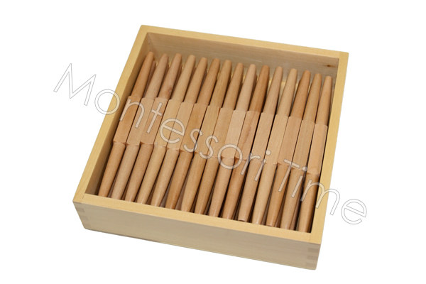 Box with 45 spindles